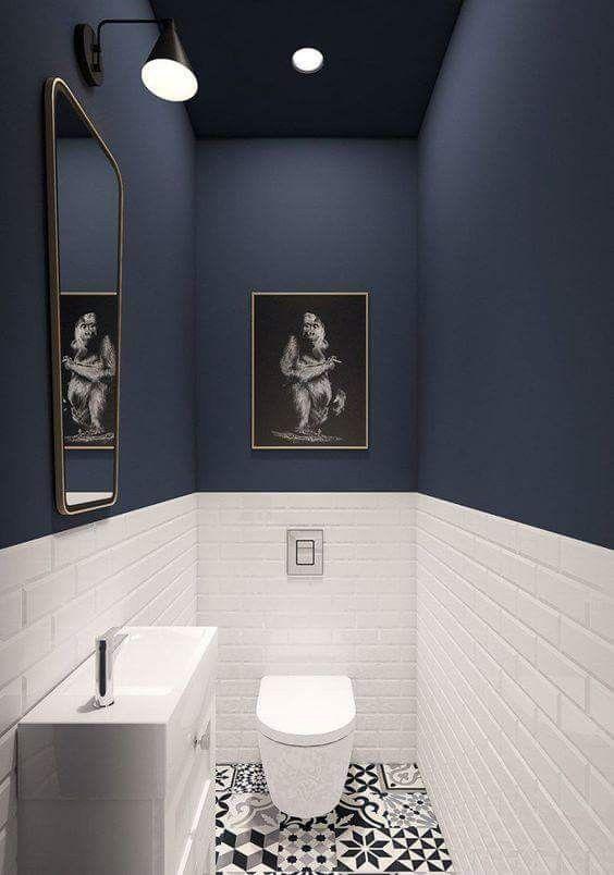 Không gian nhà vệ sinh được thiết kế đầy tính mỹ thuật